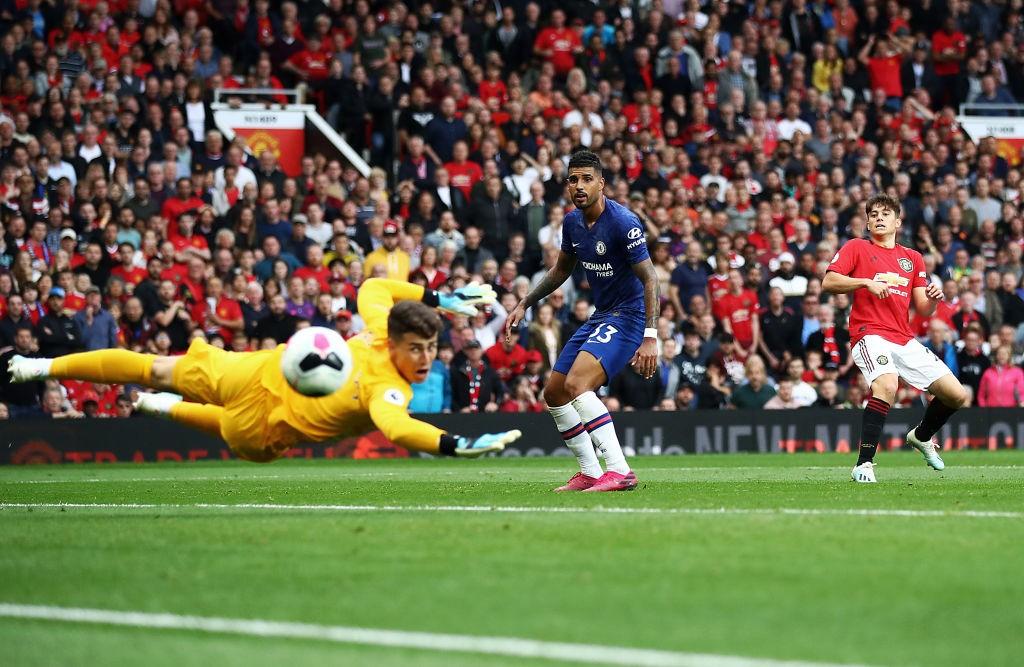 El primer gol de James como 'red devil' llegó con algo de fortuna tras un rebote. / Getty Images