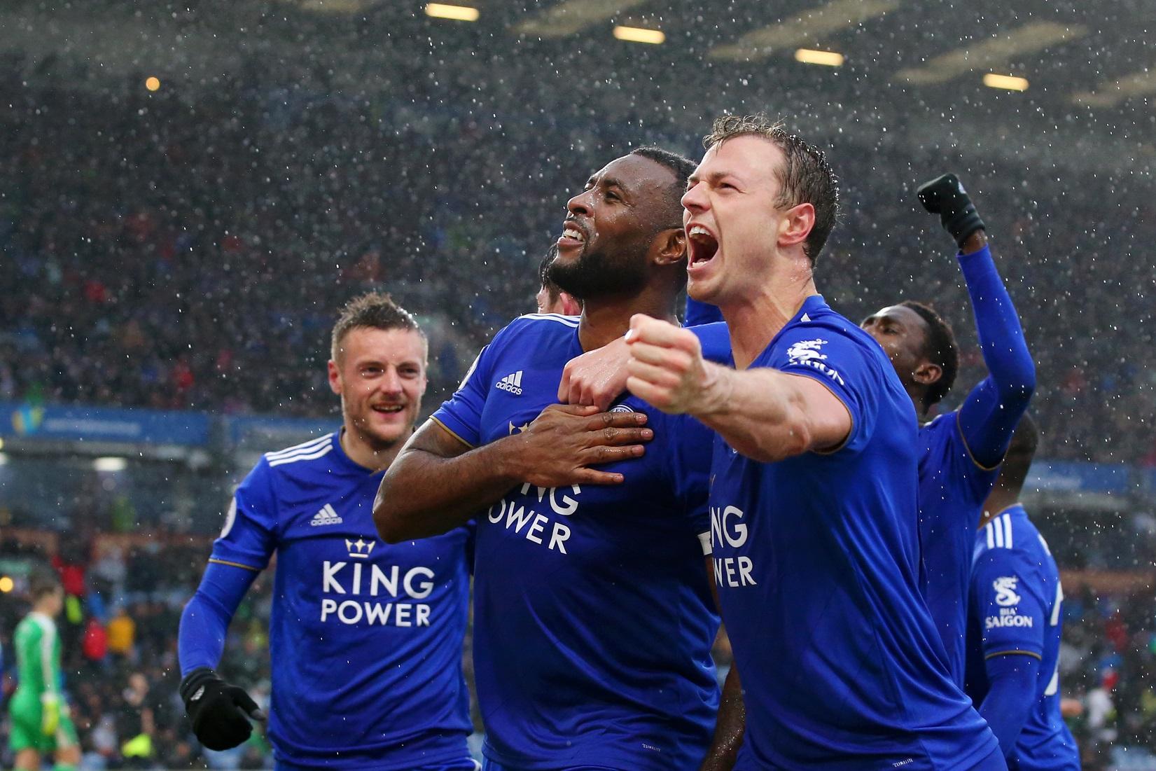 Jugadores del Leicester celebrando