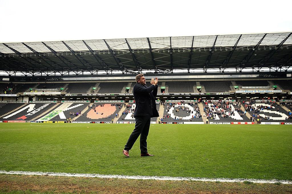 Karl Robinson es el entrenador que más partidos ha disputado para el MK Dons, logrando en 2016 el ansiado ascenso a Championship. / Getty Images