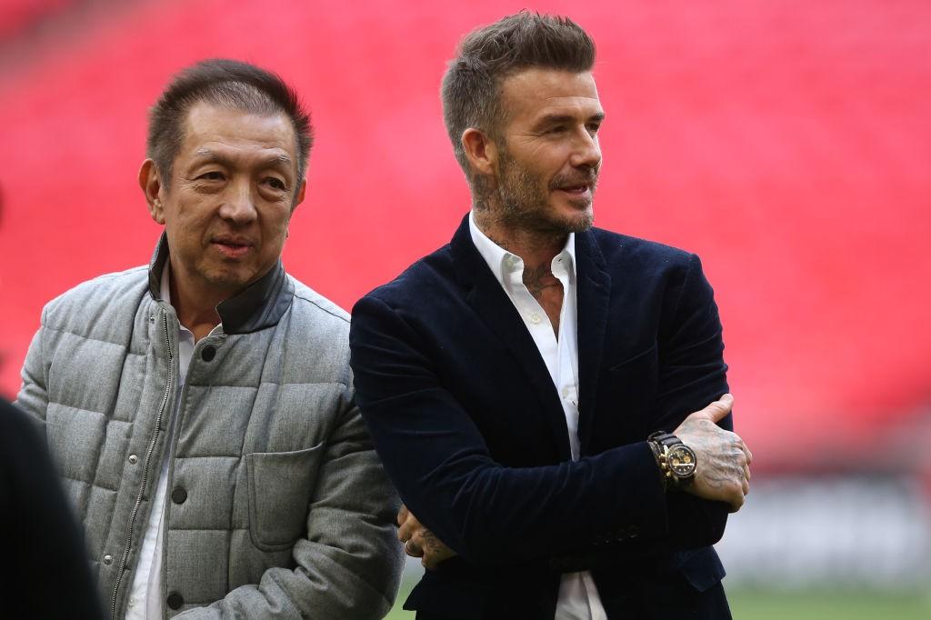 David Beckham es el último exfutbolista que llegó al Salford después de que Peter Lim le cediera un 10% de las acciones. / Getty Images
