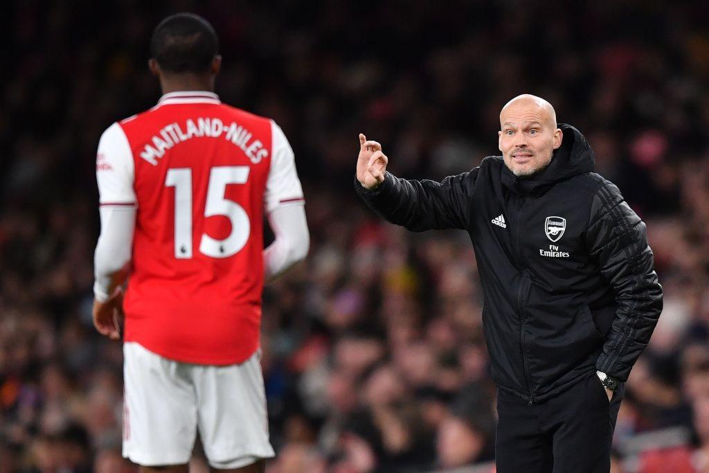 Ljungberg pidió una decisión urgente al Arsenal sobre su puesto de entrenador tras la derrota ante el City. / Getty Images