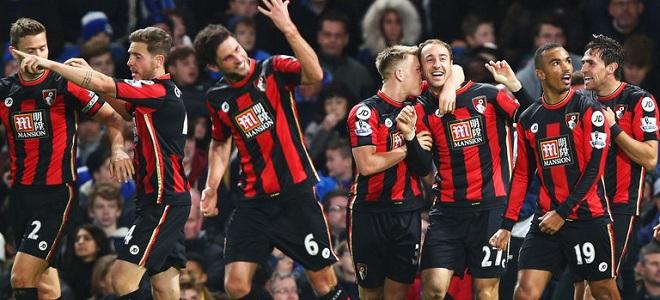 Los jugadores del Bournemouth celebran el tanto de Glenn Murray