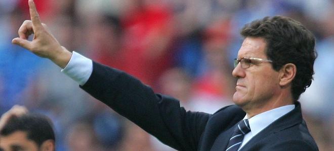 Fabio Capello ha renunciado como técnico inglés