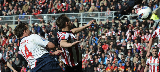 Kevin Davies anotó el definitivo 2-2 en el minuto 71