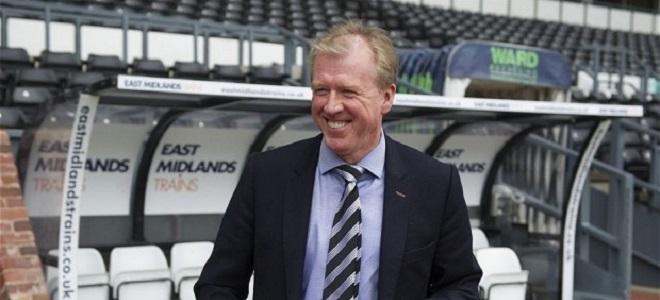Steve McClaren afronta un duro reto