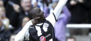 Papiss Cissé fue la estrella del partido con sus dos goles