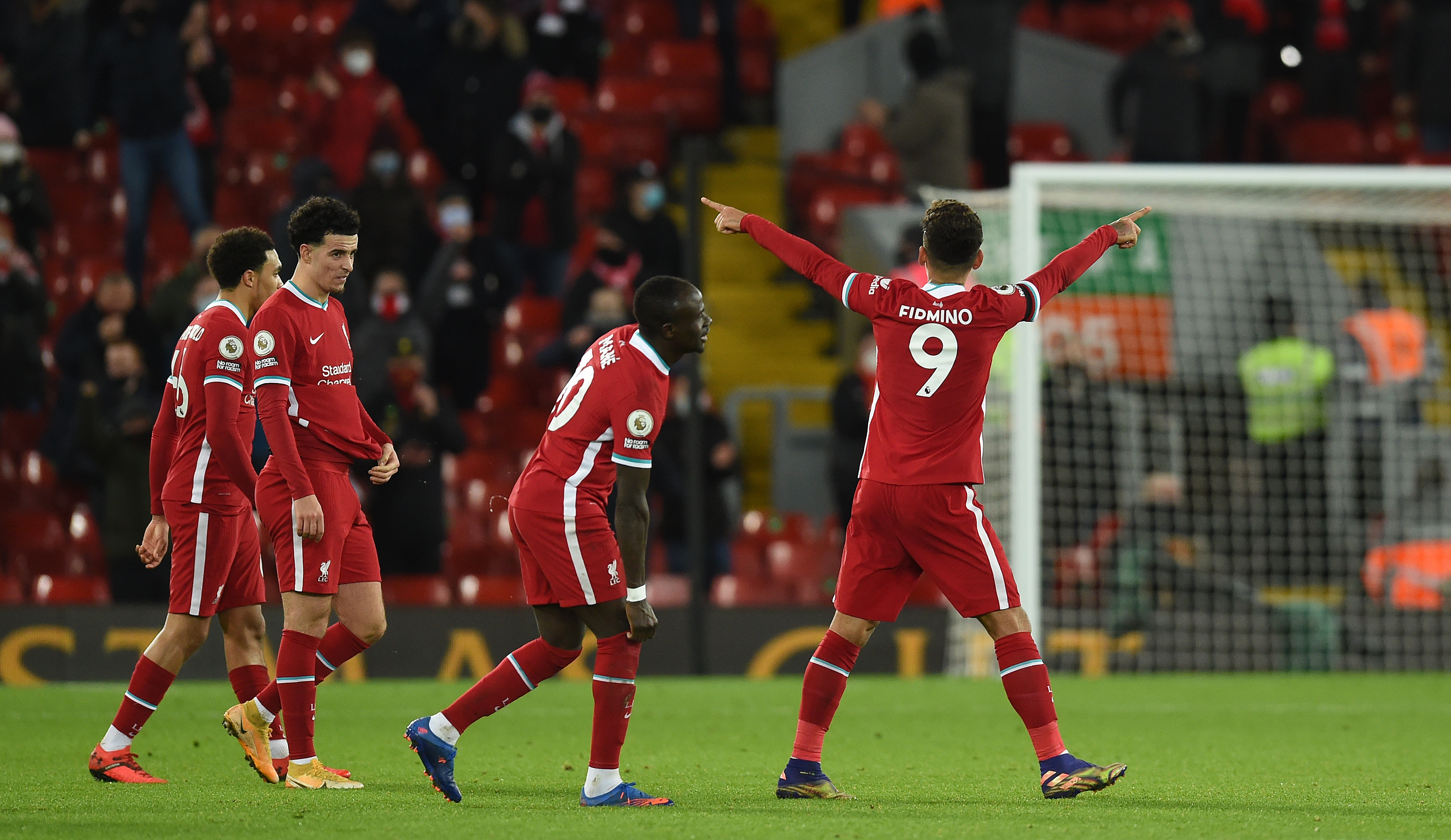 Roberto Firmino desbloqueó el triunfo del Liverpool