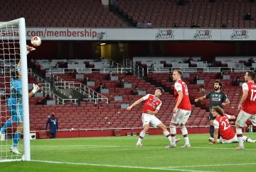 El Arsenal sorprendió y venció al Liverpool