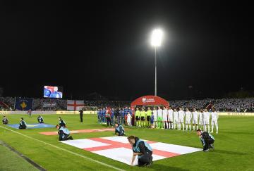 Inglaterra venció en Kosovo