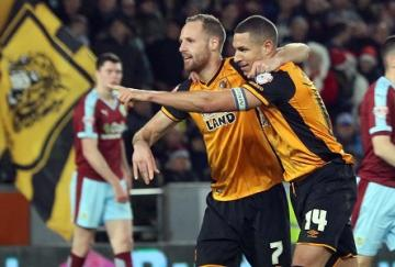 David Meyler y Jake Livermore