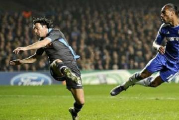 Drogba marcó el primer gol del encuentro