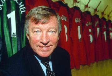Sir Alex Ferguson deja los banquillos tras toda una vida