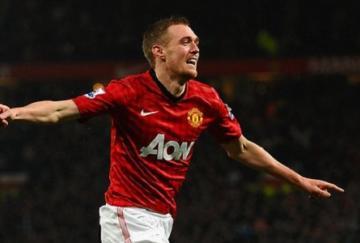 Fletcher celebró su regreso con un gol