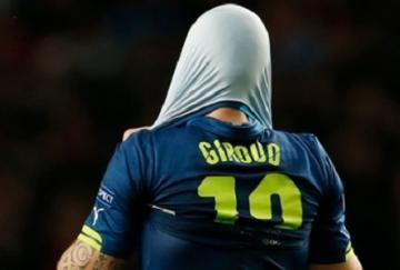 Olivier Giroud marcó pero fue insuficiente