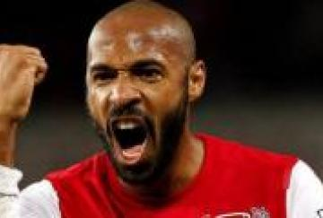Thierry Henry marcó el gol de la victoria en el Stadium of Light
