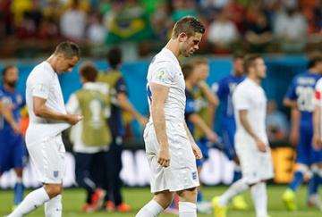Derrota inglesa en el debut