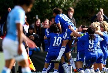 Las jugadoras del Chelsea celebran el pase a la final (Jordan Mansfield/Getty Im