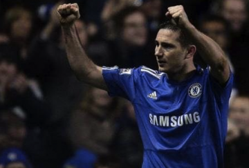 Lampard marcó el primer gol del partido desde el punto de penalti