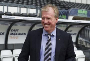 La permanencia en el puesto de Steve McClaren ha sorprendido a muchos