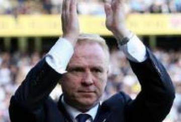 McLeish seguirá en Birmingham pero en el otro club de la ciudad