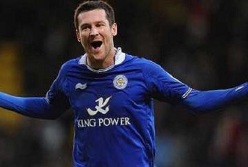 David Nugent marcó el tanto de la victoria para el Leicester en Carrow Road