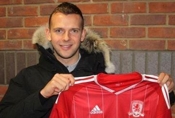 Rhodes recala en Teeside para jugar con el Middlesbrough