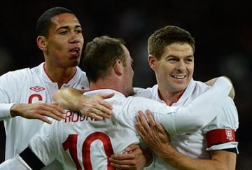 Rooney marcó el primer gol del encuentro