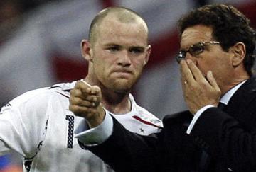 Rooney será titular en quizá el último partido de Capello como entrenador