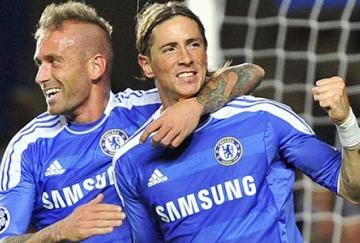 Torres y Meireles fueron titulares y cuajaron un buen partido