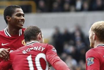 Valencia, Rooney y Scholes tuvieron un partido plácido