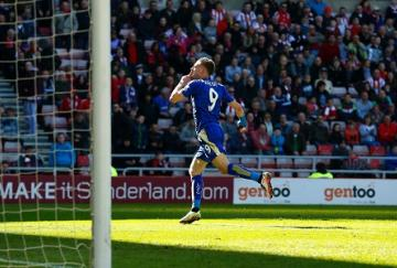 Jamie Vardy volvió a marcar (LINDSEY PARNABY/AFP/Getty Images)