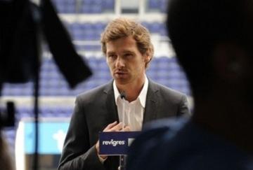 Villas-Boas espera luchar por la Europa League