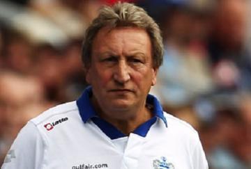 Neil Warnock ya no es técnico del QPR