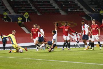 El PSG se impuso al Manchester United en Old Trafford