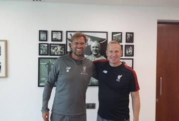Thomas Gronnemark junto a Jürgen Klopp